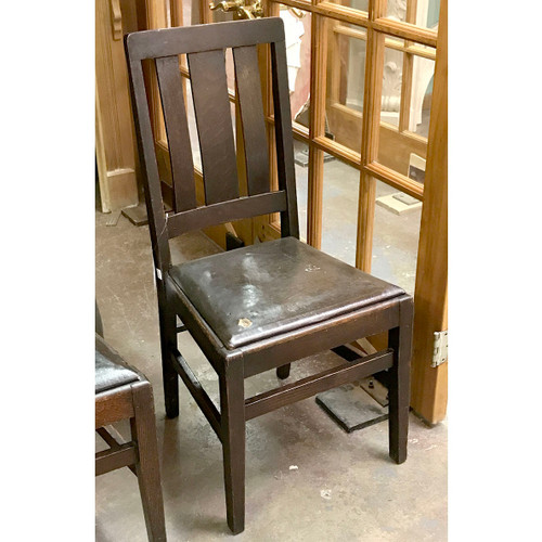 F17063 - Antique Quartersawn Oak Arts and Crafts Side Chair