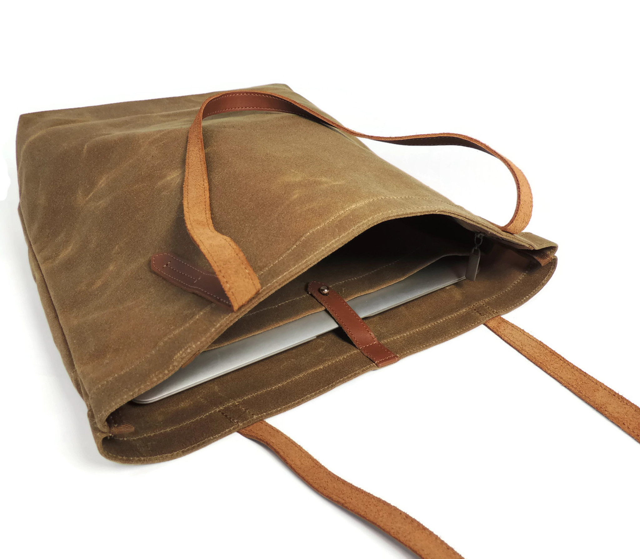 Pocket Tote in Brown Waxed Canvas