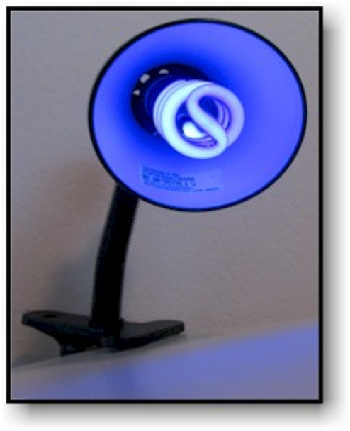 13 Watt desktop uv black light.
