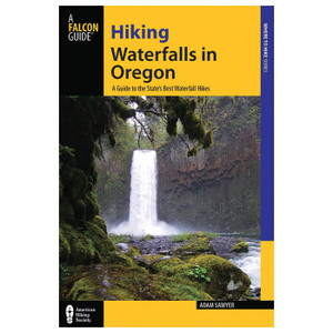 HIKING WATERFALLS IN OREGON