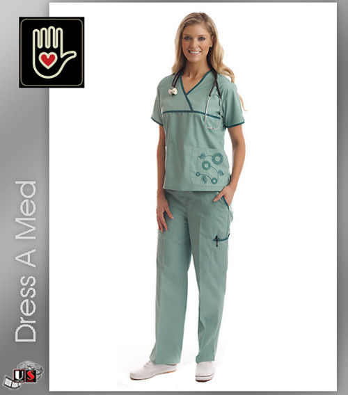 Dress A Med Solid Premium Emboridered Sporty V-Neck 2 Pocket Top Set