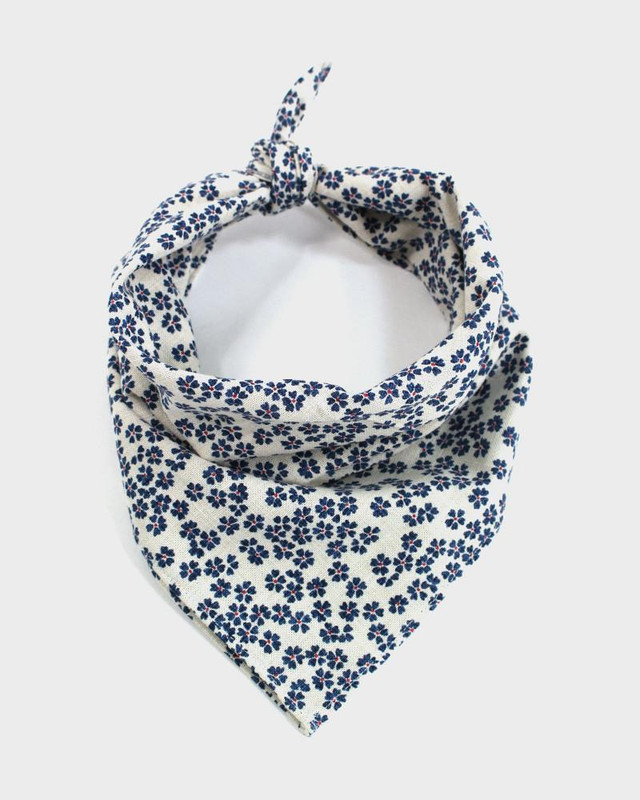Bandana, White with Blue Sakura
