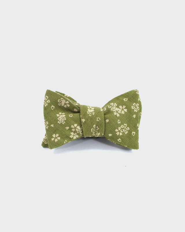Bow Tie, Yellow Green Sakura