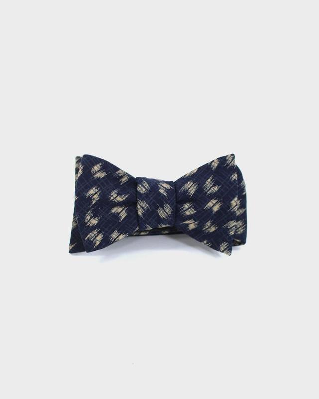 Bow Tie, Indigo Yagasuri