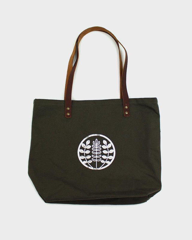 Kiriko Large Canvas Tote, Olive