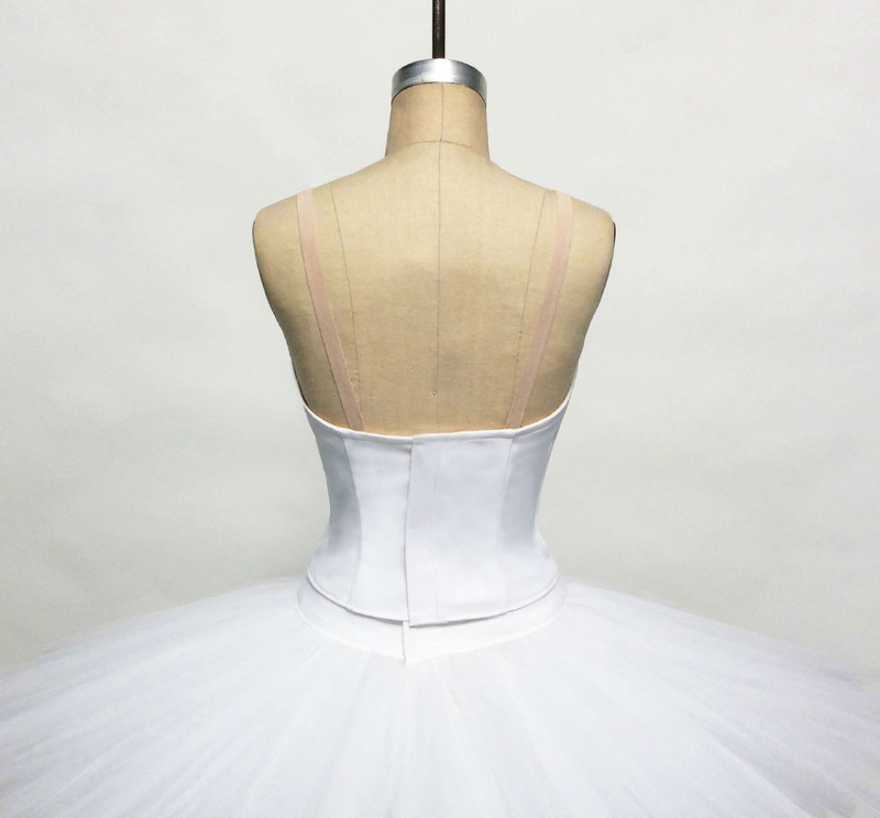 Conservatory C504 bodice back view