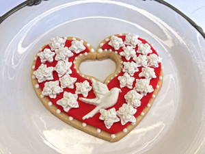 Decorated cookie by Judith Dunbar.  Judithdunbar.com