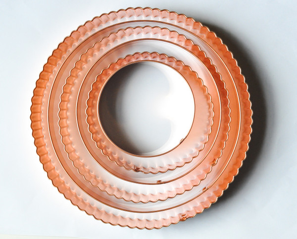 SCALLOPED CIRCLE OR OVAL