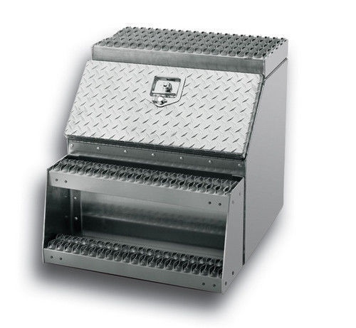"Aluminum 24"" Tool/Step Saddle Box with Lock and Keys"