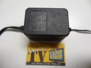 AC Adapter - INPUT: 120V 60HZ 0.3A // OUTPUT:  12V  1000mA - AD-48121000D