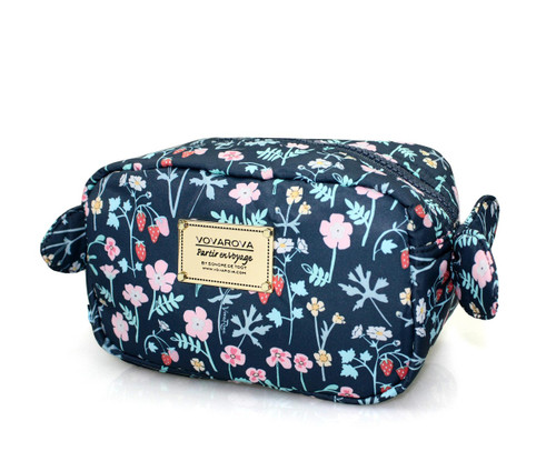 Travel Cosmetics Pouch With Ribbon - Strawberry Kiss