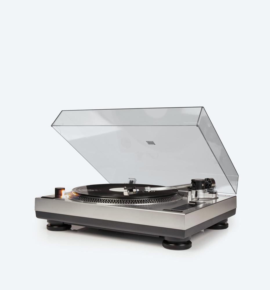 C100 Turntable