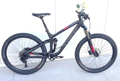 FUEL EX 8 27.5 PLUS 19.5 MATTE TREK BLACK