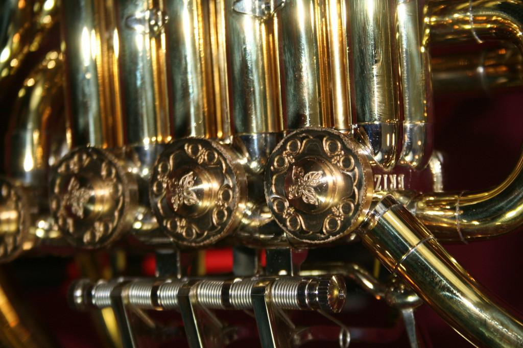 Briz Custom Model 2000C