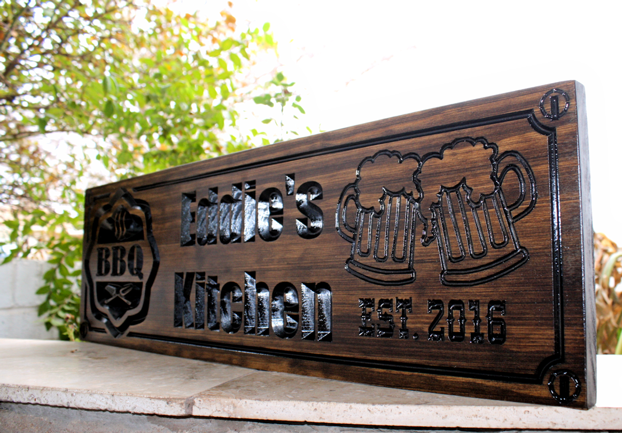 BBQ sign with 2 beer mugs