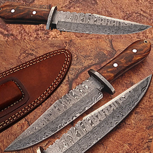 Custom Made Damascus Steel Hunting Knife w/ Rose Wood Handle 1