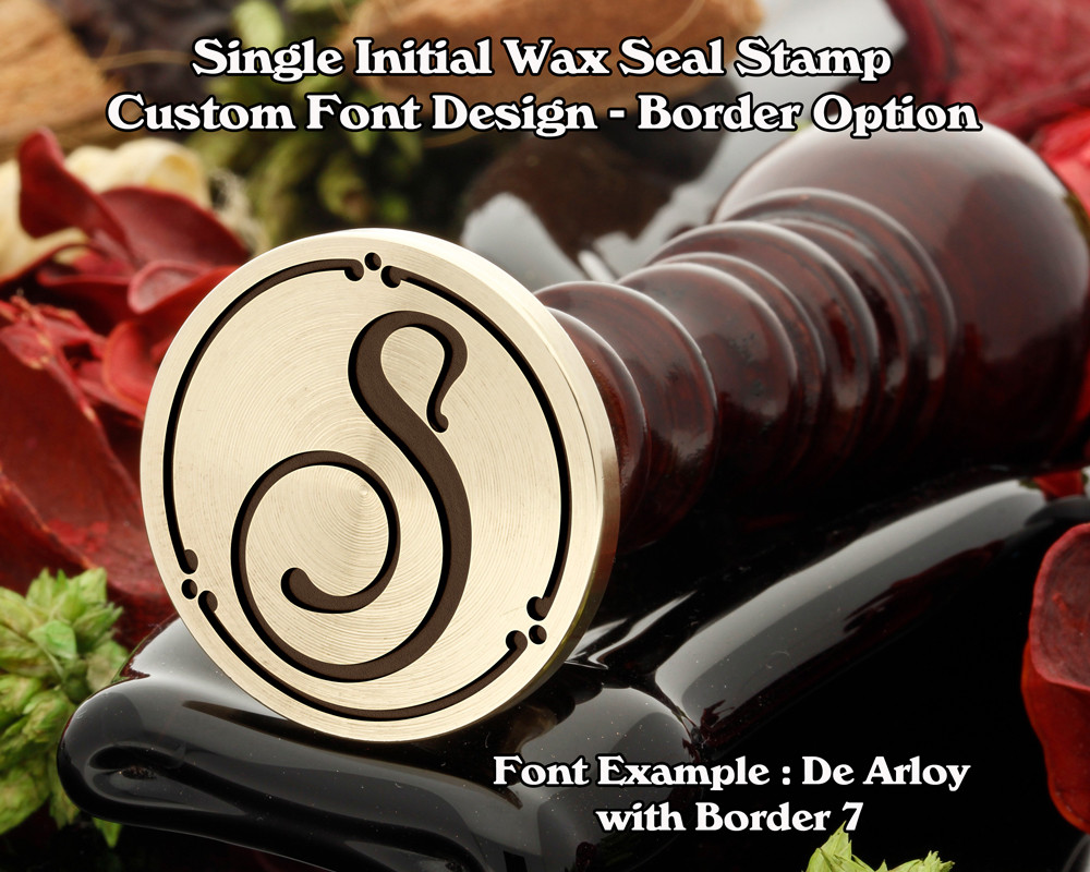 Single Initial Design Example S, font sample 'De Alroy'