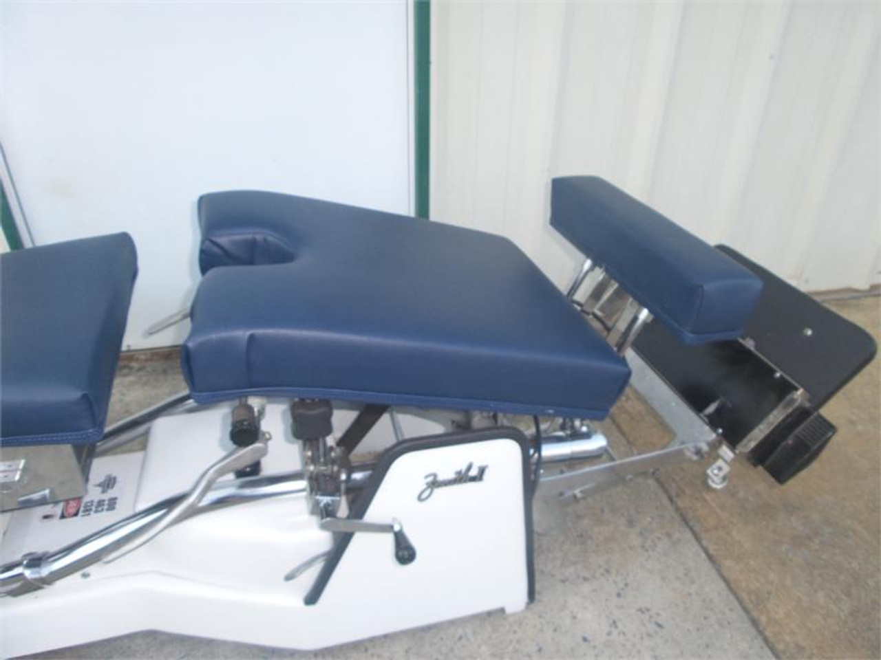 Used Zenith II 320 S Hylo Table Includes CD, DD, LD & PD