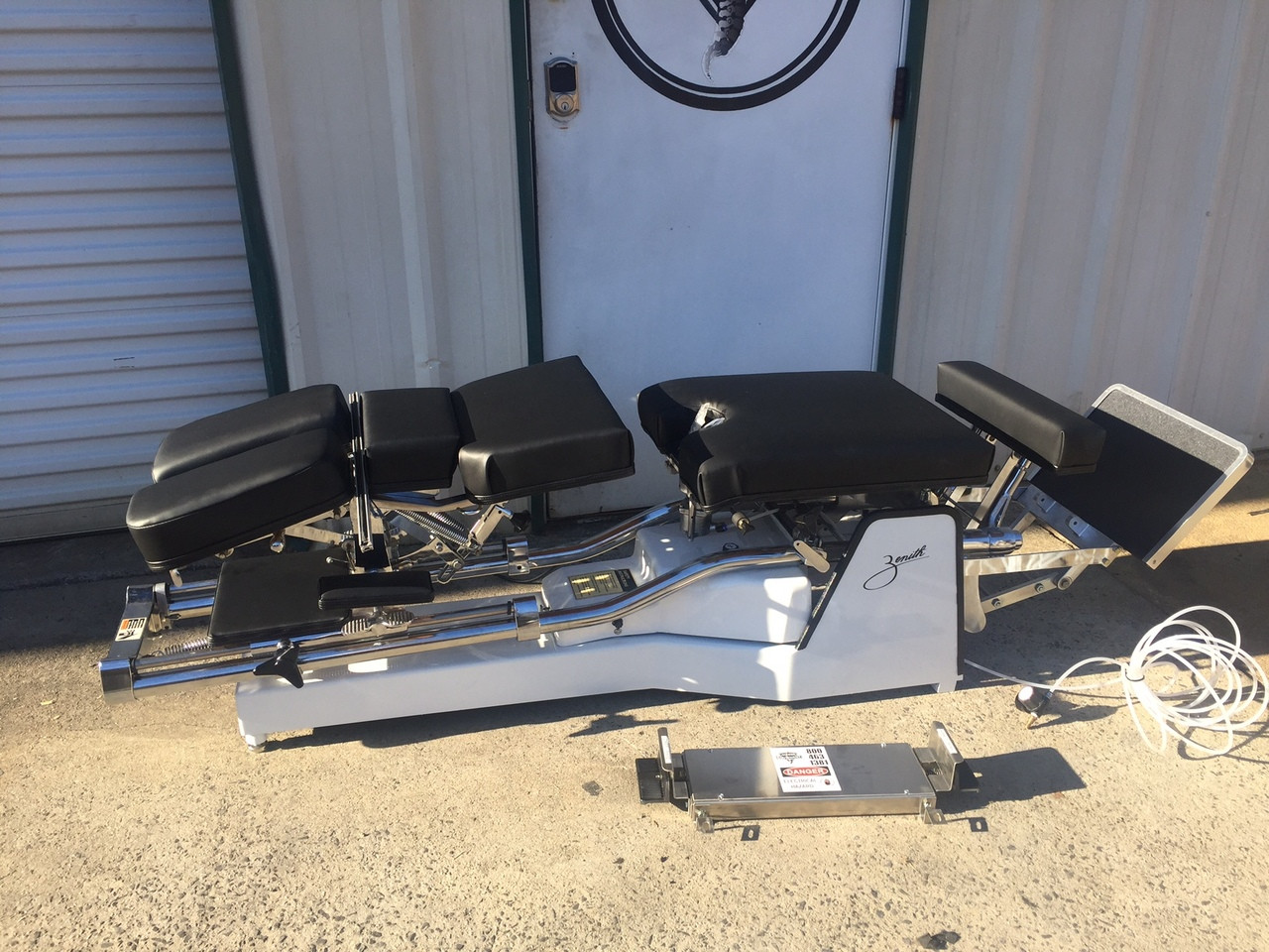 Used Zenith II 215 Hylo Table with AIR PD