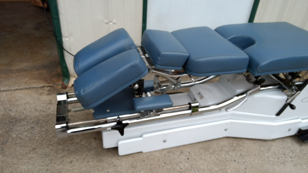Used Zenith II 240 VL F  Verti-Lift Hylo and Elevation Table -Includes PD  and Any Color Vinyl Upholstery