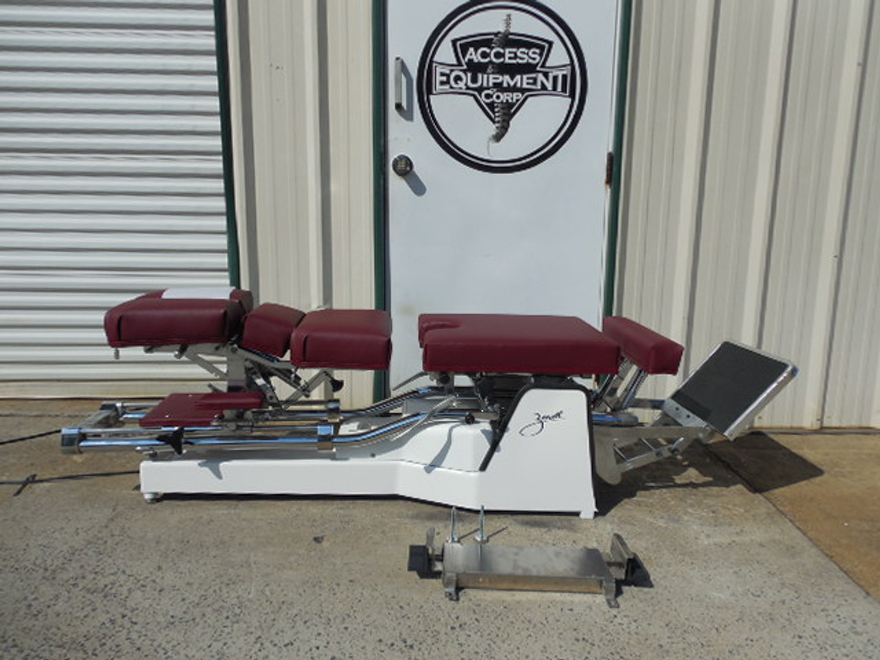Used Zenith II 210F Hylo Table with NO PD