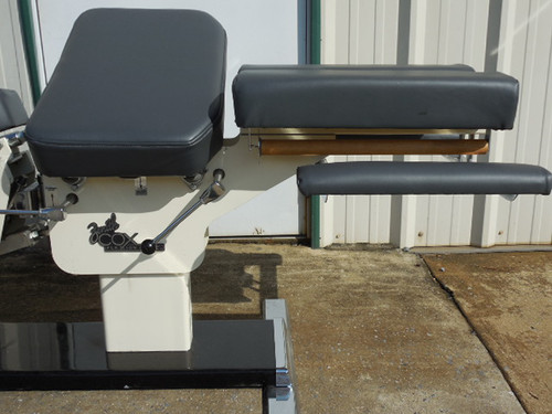 Used Zenith Cox 90 Flexion Table