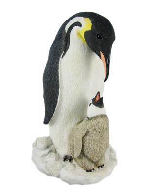 https://s3.amazonaws.com/zeckosimages/US31-penguin-family-statue-1V.jpg