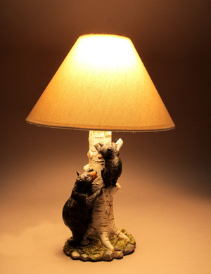 https://s3.amazonaws.com/zeckosimages/MRC-30000-black-bear-table-lamp-1I.jpg