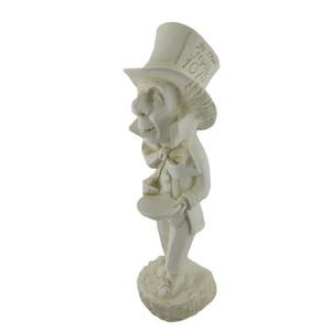 https://s3.amazonaws.com/zeckosimages/72106-mad-hatter-alice-wonderland-statue-1C.jpg