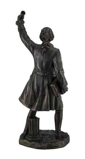 https://s3.amazonaws.com/zeckosimages/US-WU77097A4-alexander-hamilton-statue-1I.jpg