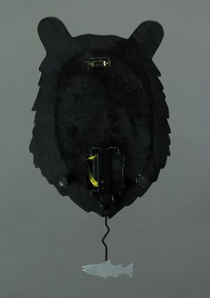 https://s3.amazonaws.com/zeckosimages/AD-P1802-burly-bear-pendulum-wall-clock-1I.jpg