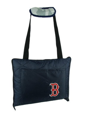https://s3.amazonaws.com/zeckosimages/PSS-1MLB711000004-red-sox-throw-blanket-indoor-outdoor-1I.jpg