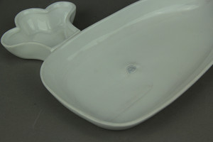 https://s3.amazonaws.com/zeckosimages/MD-MC-505-white-whale-platter-plate-1I.jpg