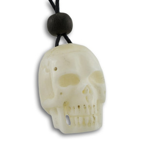 https://s3.amazonaws.com/zeckosimages/BEN67-carved-bone-skull-pendant-necklace-1I.jpg