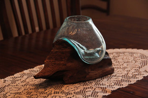 https://s3.amazonaws.com/zeckosimages/CON-68685-driftwood-melted-glass-bowl-1I.jpg
