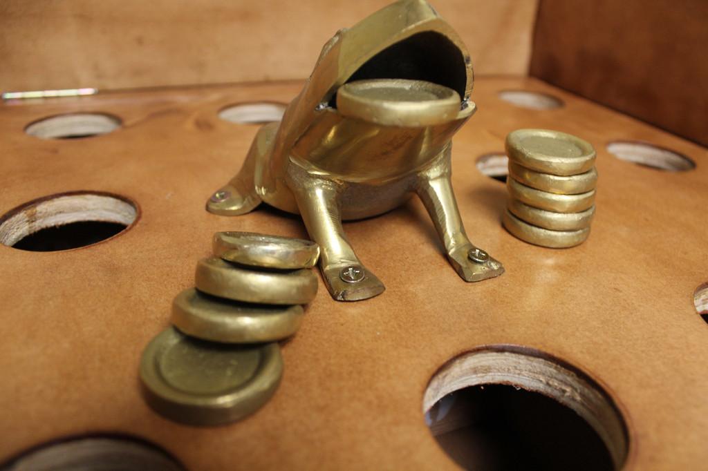 Bronze Sapo / Sapo De Bronze