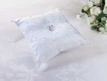 Pearl Ring Pillow White