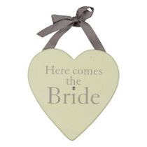 Amore MDF Heart Plaque 20cm Here Comes The Bride