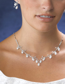 Pearl Drop Neck And Ear Set