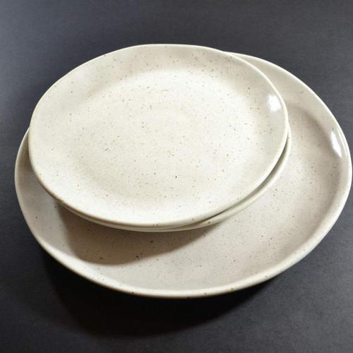 ... Robert Gordon - Side Plates on Dinner Plate (Colour Natural) & Robert Gordon - Side Plate 21cms Earth Collection Colour Natural