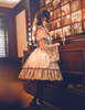Model Show Bonnet P00577N, blouse TP00158