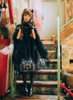 Model Show (Black Ver.) (headdress: P00608, P00589, overdress: DR00238, gloves: P00581, petticoat: UN00019)