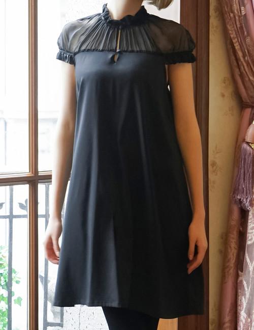 Model Show (Black Version)
