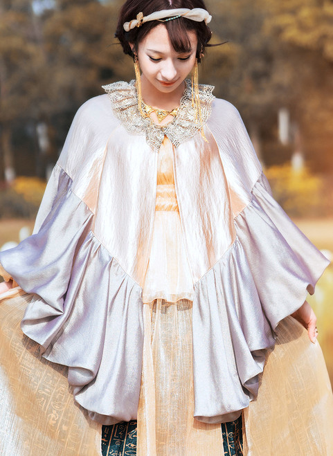 Model Show (Champagne Gold + Warm Grey Ver.) (headdress: P00636, cutsew: TP00178, skirt: SP00201)