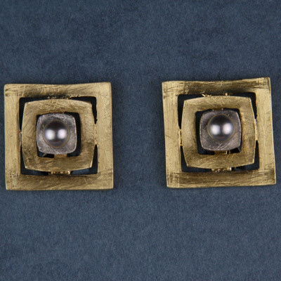 Quadrate Bobs Clip-On Earrings