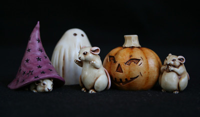 "AB Netsukes - ""Trick or Treating"" Mice/Halloween Release- Set of 3"