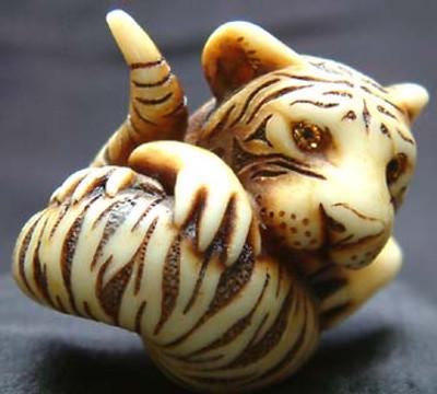 AB Netsukes - Tiger Salamander