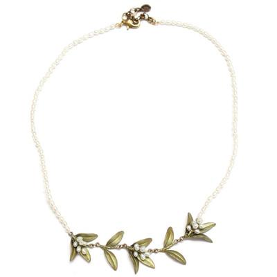 Flowering Myrtle Pearl Contour Necklace