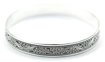 Dewi Solid Flat Heavy Bangle Bracelet