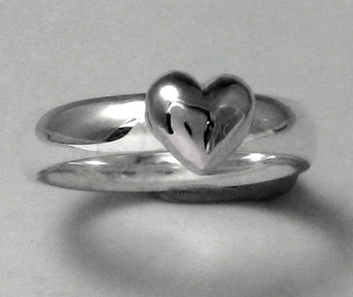 Heart Ring with Classic Puffed Heart in Sterling Silver